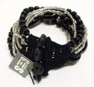 Glasperlenarmband schwarz-weiß